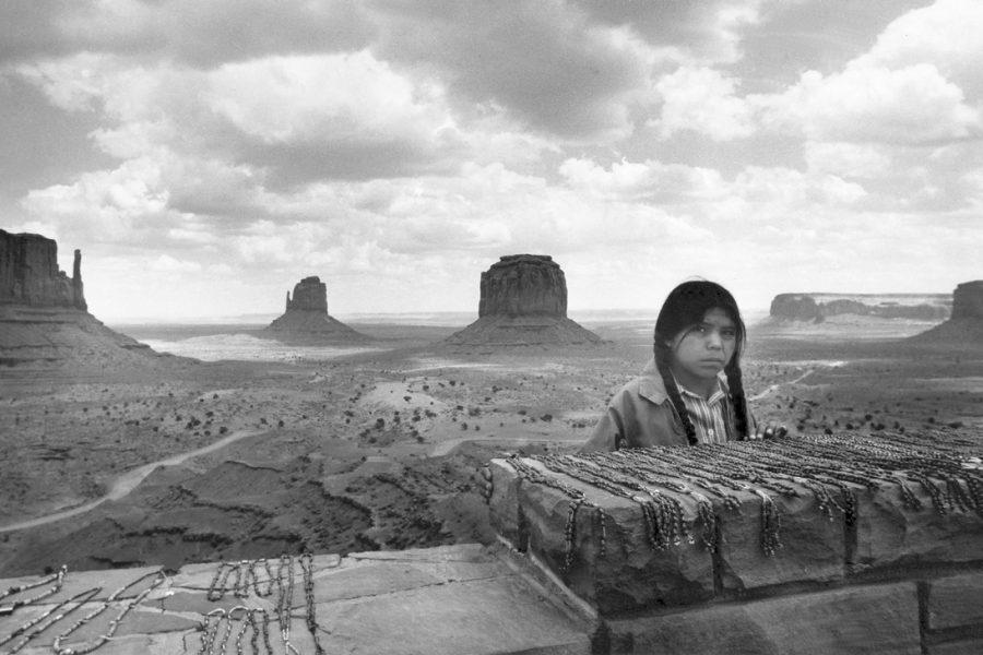 Korniss Péter: Navaho lány