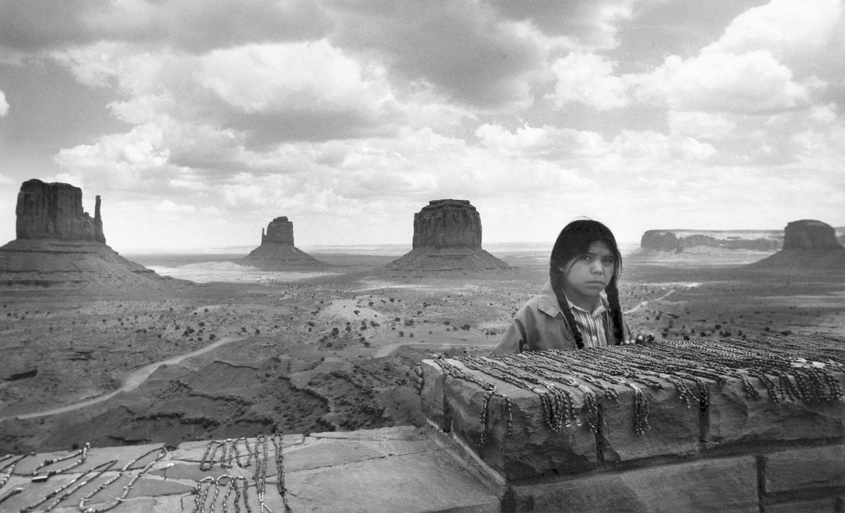 Péter Korniss: Navaho Girl