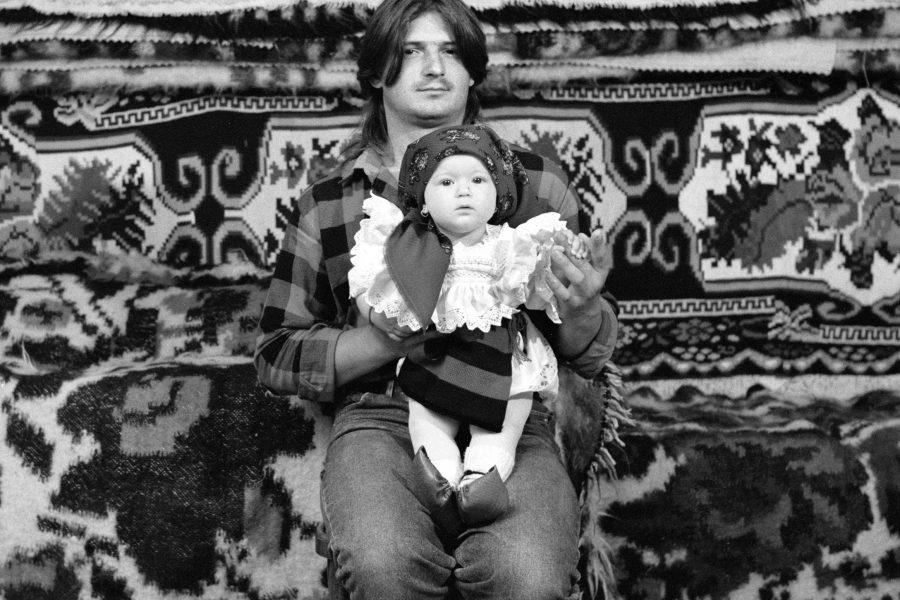 Péter Korniss: Father and Daughter