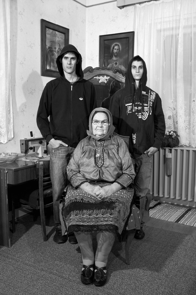 Péter Korniss: Grandmother with Grandsons