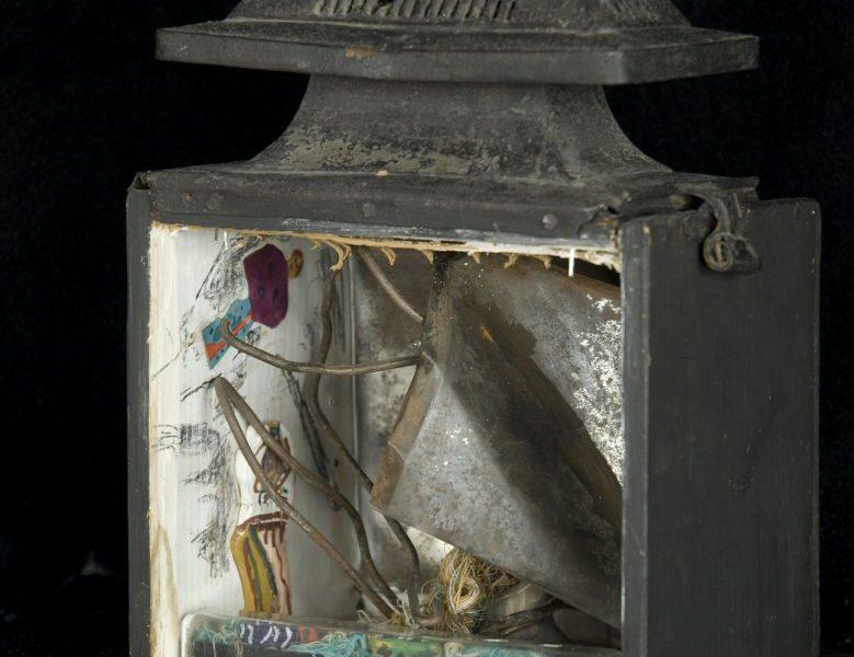 Ujházi Péter: Múmia, lámpa