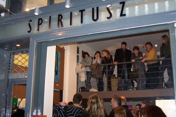 Spiritusz Galéria a Madách téren (3)