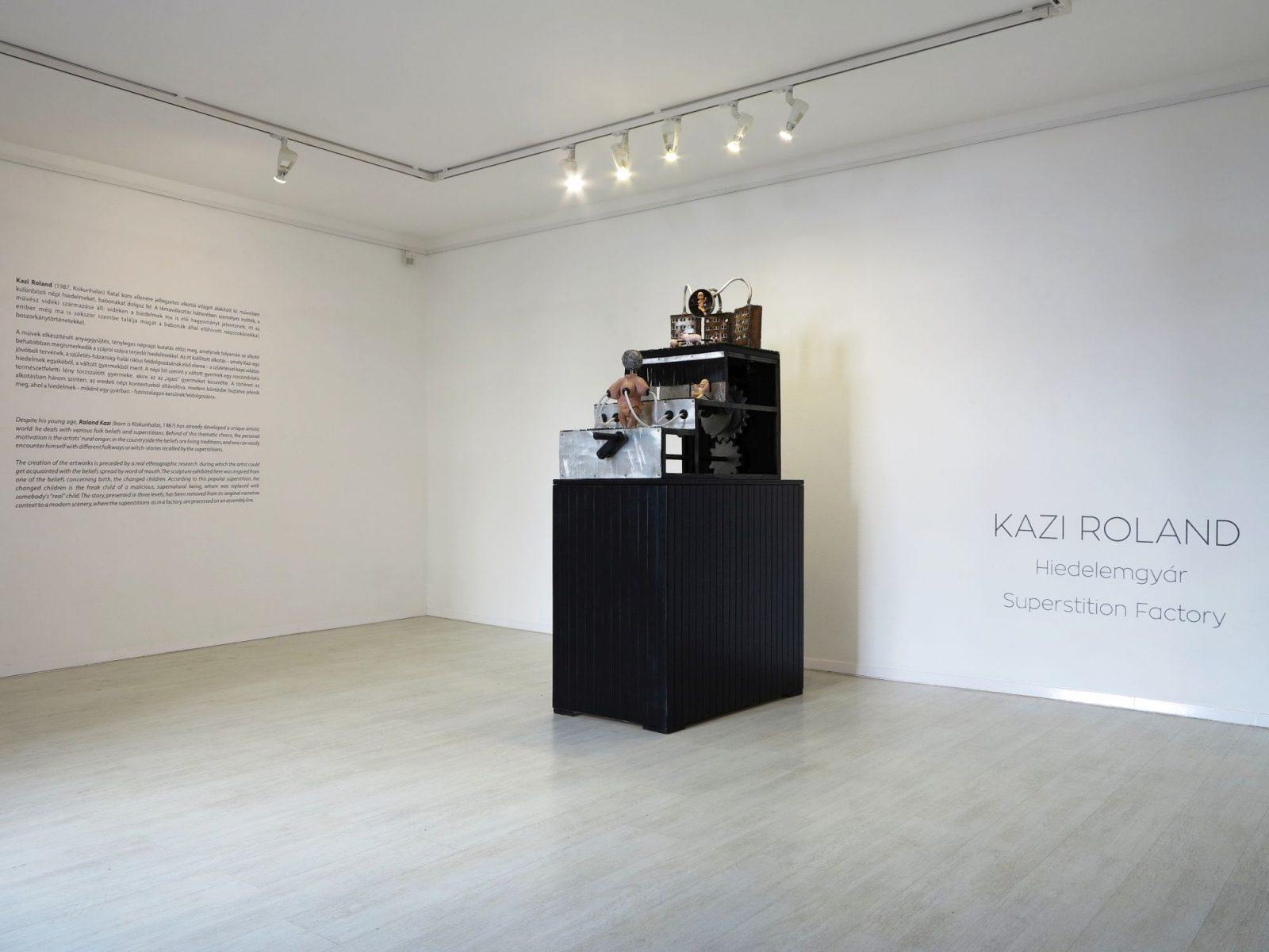 Roland Kazi: The Changed Children (exhibition view)