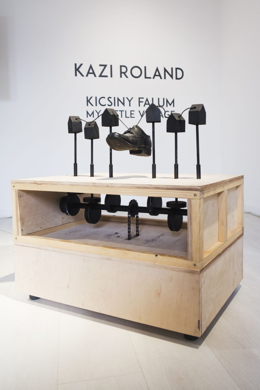Kazi Roland: Kicsiny falum III.