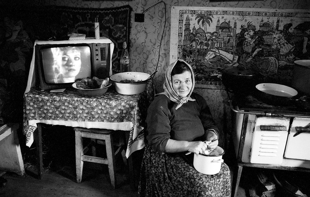 Péter Korniss: Peeling Potatoes With Television